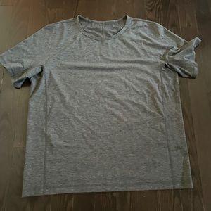 Lululemon Men's T-Shirt